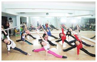 武汉少儿民族舞特色课程
