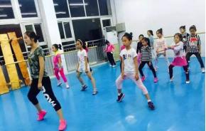 2017年济南一对一成品舞课程