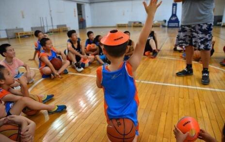 天津快乐篮球英语暑期夏令营